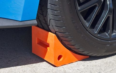 A.BELTER™ PU wheel chock